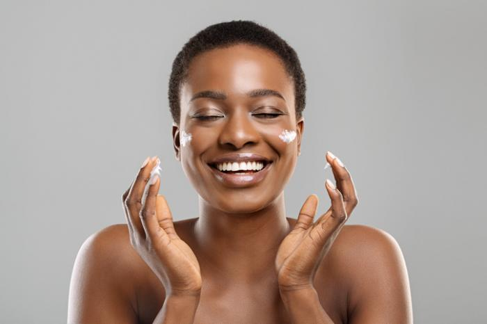 How CBD Skincare Can Enhance Your Daily Routine
