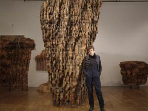 Review: 'Ursula Von Rydingsvard: Into Her Own' an Inspiring Peek Into the Artistic Process