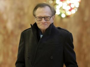 Oprah Winfrey, Bill Clinton Praise and Mourn Larry King